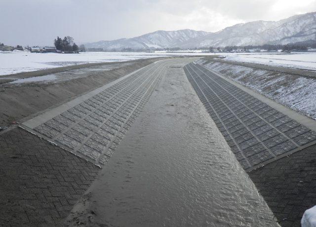 平成25年度自然災害防止事業 水無川護岸工事